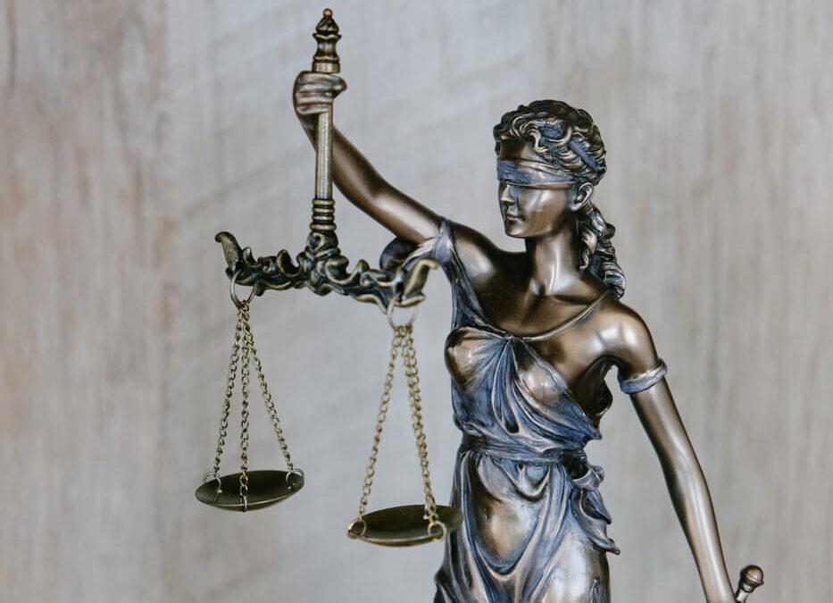 Jogos védelem a Büntető Törvénykönyvben